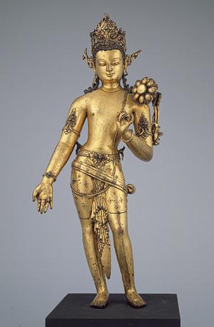 Buda nepalí en bronce dorado.